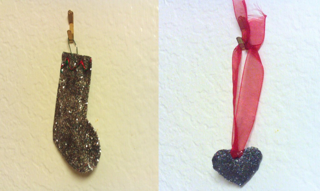 Make Two Glittery Christmas Ornaments