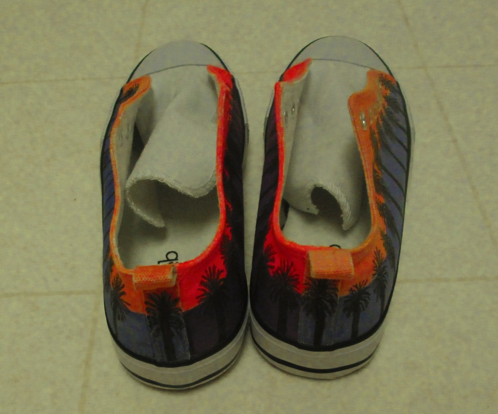 The backside of both palm tree shoes.